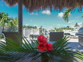 Harbor Hideaway 4Bed 3Bath With Private Pool & Dockage photos Exterior