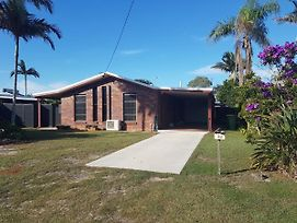 Dog Friendly Holiday House At Red Beach photos Exterior