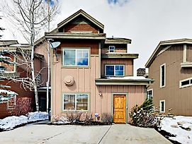 """""""Big Bobsled"""" Townhouse W/ Hot Tub, Near Skiing Townhouse photos Exterior"""