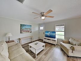 Sunny Haven In Old Rockport - Walk To The Beach! Duplex photos Exterior