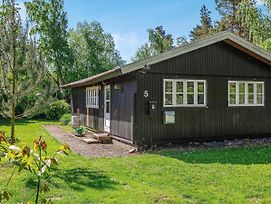 4 Person Holiday Home In Gedesby / Gedser photos Exterior