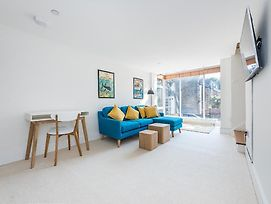 Linden Gardens - Secluded Workspace, Lovely House With Private Patio photos Exterior
