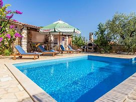 Amazing Home In Vabriga W/ Outdoor Swimming Pool, Wifi And 3 Bedrooms photos Exterior