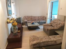Beautiful And Cozy Apartment With Sea-View In Oropos! photos Exterior