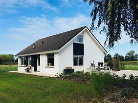 Beautiful Holiday Home Near Nistelrode With Meadow View photos Exterior