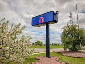 Motel 6 Elkhart photos Exterior