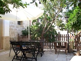 Studio In Nociglia With Enclosed Garden And Wifi 20 Km From The Beach photos Exterior
