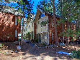 Babbling Brook Hideaway By Lake Tahoe Accommodations photos Exterior