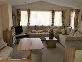 Spacious Holiday Home In Hastings Near Sea photos Exterior