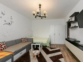 Stone Gate Studio Apartment photos Exterior