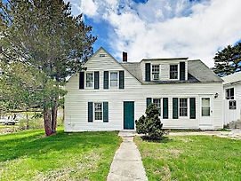 Charming 3Br/2Ba East Boothbay Cottage; Pet-Friendly Home photos Exterior