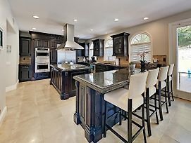 Luxe Coveside Estate On 2 Acres W/ Chef'S Kitchen Home photos Exterior