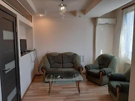 Home Elite Yerevan - Cozy Apartment On Koghbatsi 2A photos Exterior