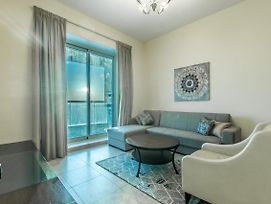 Primestay - Beautifully Furnished 1Br Near The Metro photos Exterior