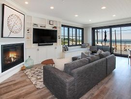 Beauty At The Beach W/ Fire Pit -- Steps To Ocean Home photos Exterior