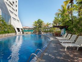 Lux Tychi Hotel Malang photos Exterior