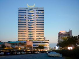 Muong Thanh Luxury Song Han Hotel photos Exterior