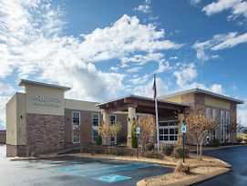 La Quinta Inn & Suites By Wyndham Chattanooga - East Ridge photos Exterior