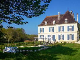 Douville Chateau Sleeps 12 With Pool And Wifi photos Exterior