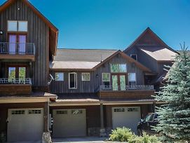 Luxury Riverfront Townhome photos Exterior