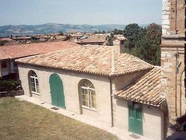 Gubbio Villa Sleeps 4 Wifi photos Exterior