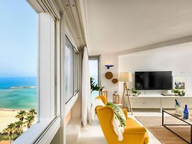 Decorated Beachfront Apt With Great Views Of The Sea By Sea N' Rent photos Exterior