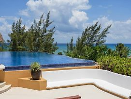 2 Bedroom Ph Private Mini Pool And Terrace photos Exterior