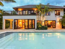 Luxury & Spacious Villa With Pool Near The Beach - In Front Of Golf 2 Courses photos Exterior