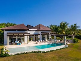 Unique Private Villa With Pools And Golf Cart photos Exterior