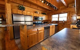 Black Bear Lodge - Double Kitchen - Game Room And Hot Tub
