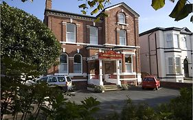 Bowden Lodge Hotel Southport