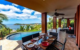 3-Bedroom Villa With Pool - Party Deck And Sweeping Ocean Views