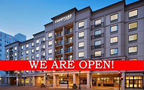 Courtyard by Marriott Milwaukee Downtown