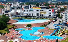 Hollywood Hotel Bosna Hersek
