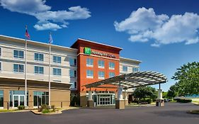 Holiday Inn Express Lexington North Georgetown
