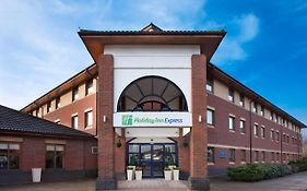 Warwick Holiday Inn Express