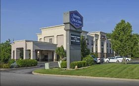 Hampton Inn Canfield
