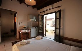 Chania Rooms And Hotel