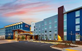 Hampton Inn & Suites San Diego Airport Liberty Station