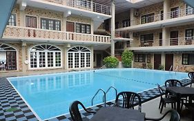 Oasis Beach Resort Negombo