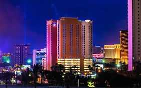 Springhill Suites Las Vegas Convention Center 3*
