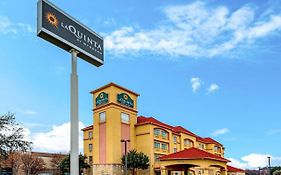 La Quinta Inn And Suites Dfw Airport West Bedford