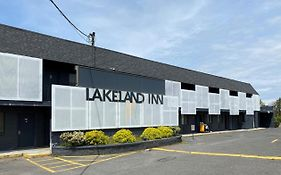 Lakeland Inn Bohemia ny Reviews