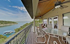 Lake Travis Apartment