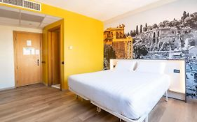 Holiday Inn Express Rome Italy