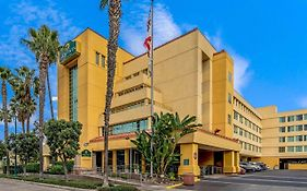 La Quinta Inn & Suites By Wyndham Anaheim