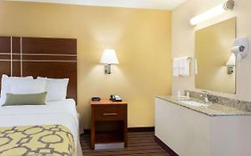 Baymont Inn And Suites Bowling Green Ky