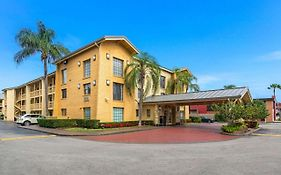 La Quinta Inn By Wyndham Miami Airport North
