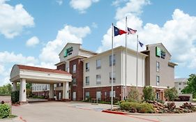 Holiday Inn Express Cleburne