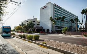 Crowne Plaza Phoenix Phx Airport